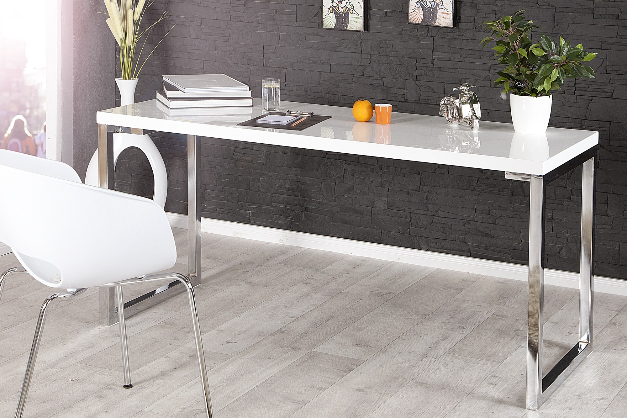 hoogglans bureau aktie. Black Bedroom Furniture Sets. Home Design Ideas