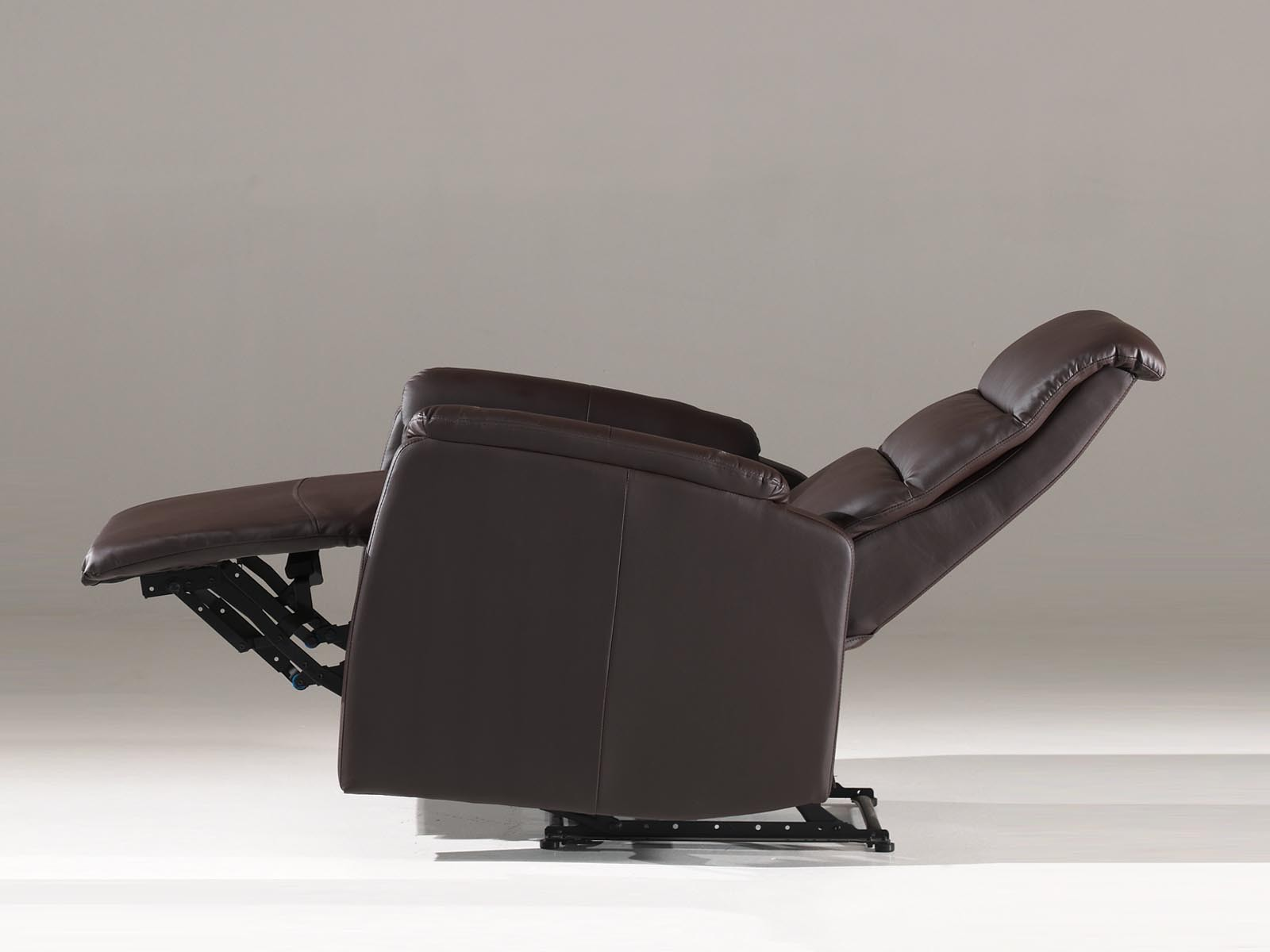 Fauteuil Relax Bruin.Comfortabele Relax Stoel Bruin Aktie Wonen Nl